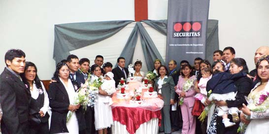 Guardias SECURITAS participaron de Matrimonio Comunitario 2012